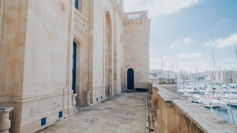 Vitesse datant de Malte Southaven MS datant